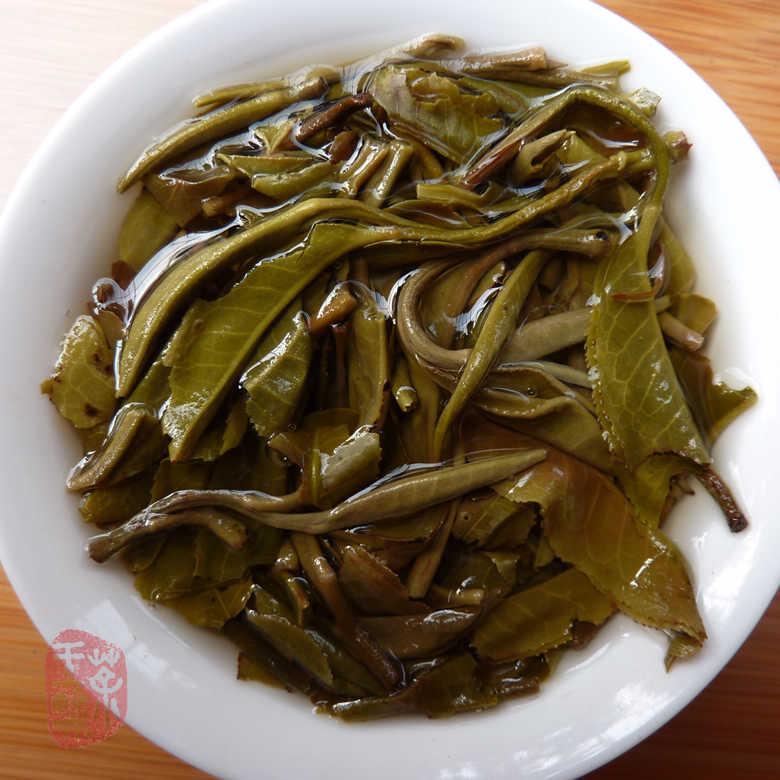 2011 Cha Wang Shop Jinggu Yin Xiang Xiao Bing Cha