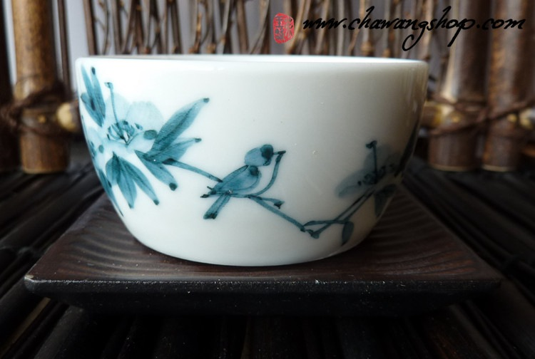 "Hand painted Jingdezhen Tea Cup ""Sparrow in banana leaves"" 60cc"