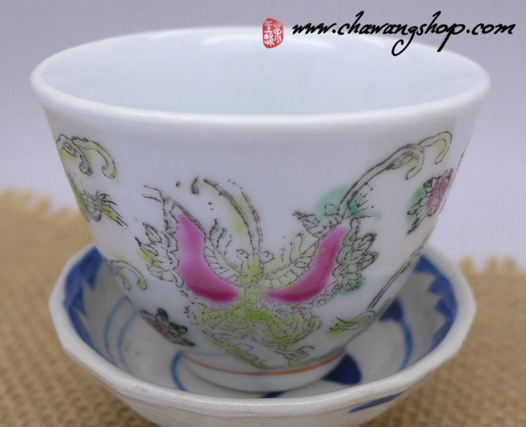 "Jingdezhen Vintage Hand Painted Tea Cup ""Butterfly and Melon- White"" 50cc"