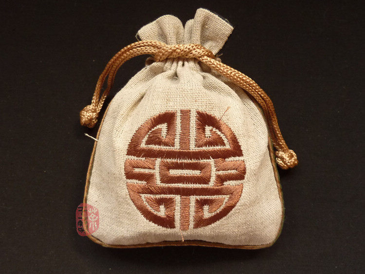Embroidered Bag _ Linen