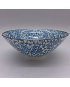 "Porcelain blue and white cup ""plum and maple"" 80cc"