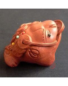 """Zisha Clay Tea Pet """"Three Legged Gold Toad"""" Red"""