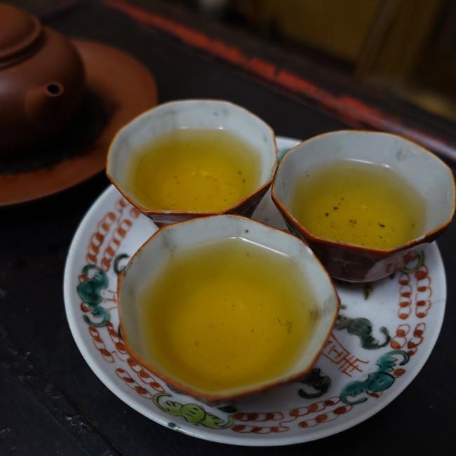 Bai Ya Qi Lan